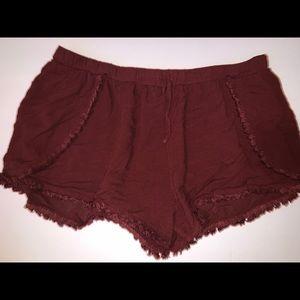 Burgundy stretchy shorts